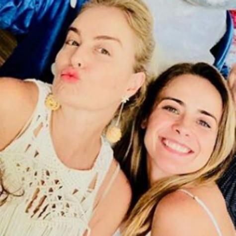 Angélica e Juliana Silveira (Foto: Reprodução)