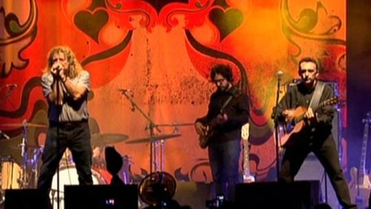 Robert Plant faz show em Brasília