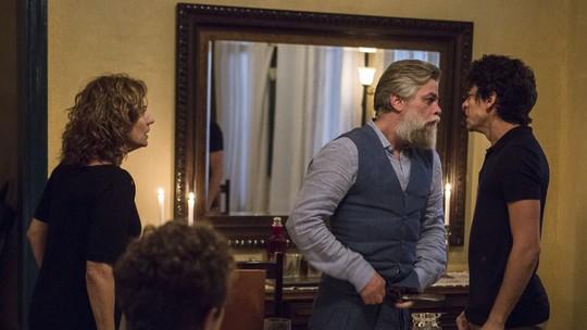Ramiro ataca Ramirinho em jantar: veja fotos inéditas dos bastidores de 'Onde Nascem os Fortes'
