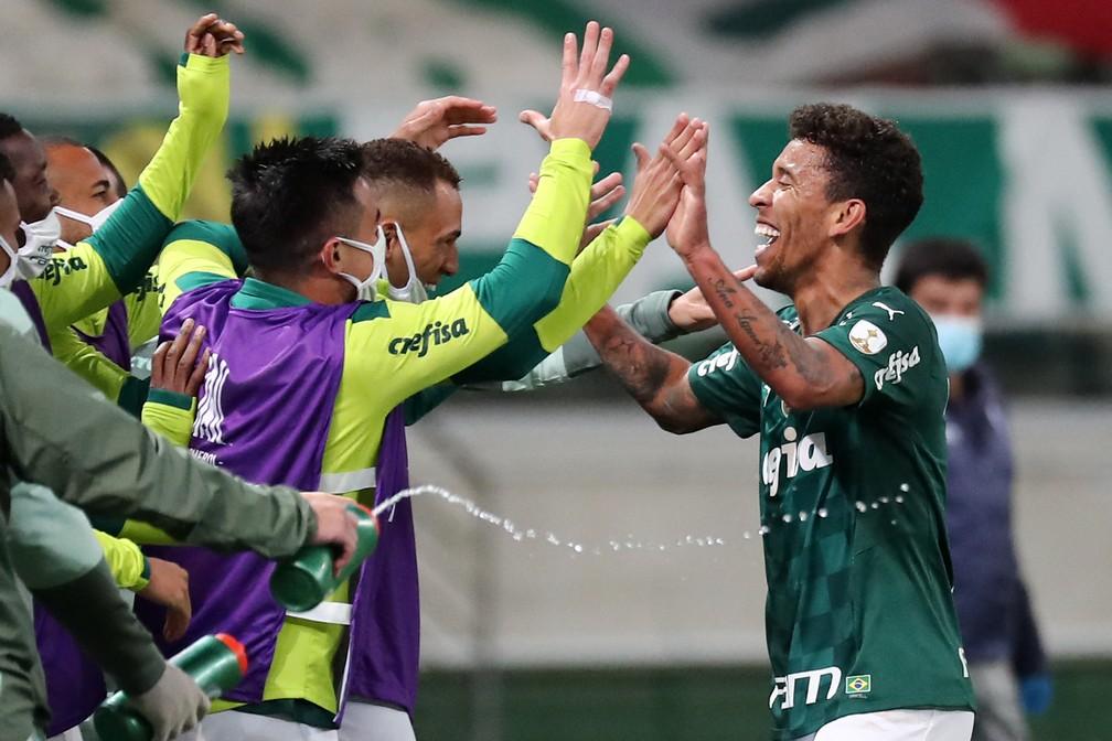 Marcos Rocha comemora em Palmeiras x Universidad Católica — Foto: Sebastiao Moreira / POOL / AFP