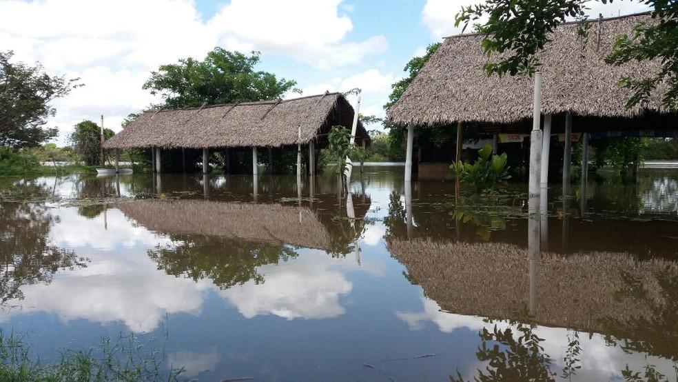 Grupo de resgate voluntário monitora situação de alagamentos em Barras (Foto: Paulo Ricardo/Portal Visão Piauí)
