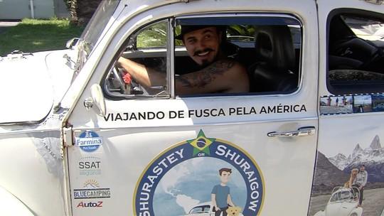 Viajante mora em fusca com cachorro e dá a volta pela América Latina