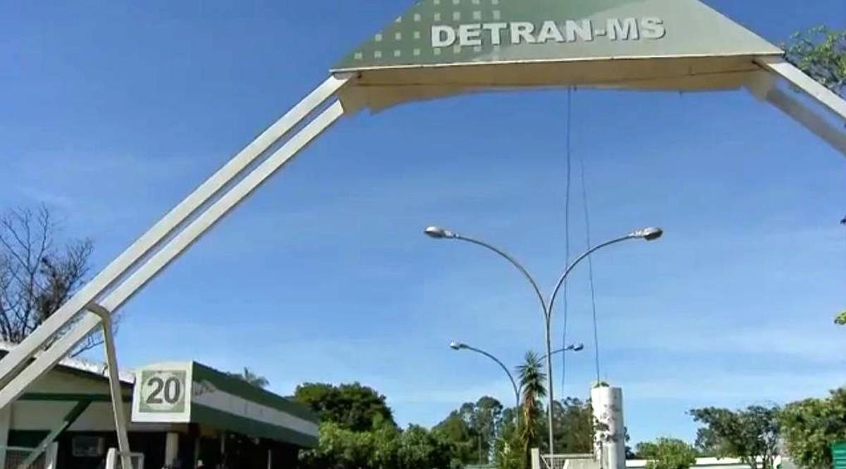MP recomenda a Detran/MS que servidores não usem veículos oficiais para atividades particulares
