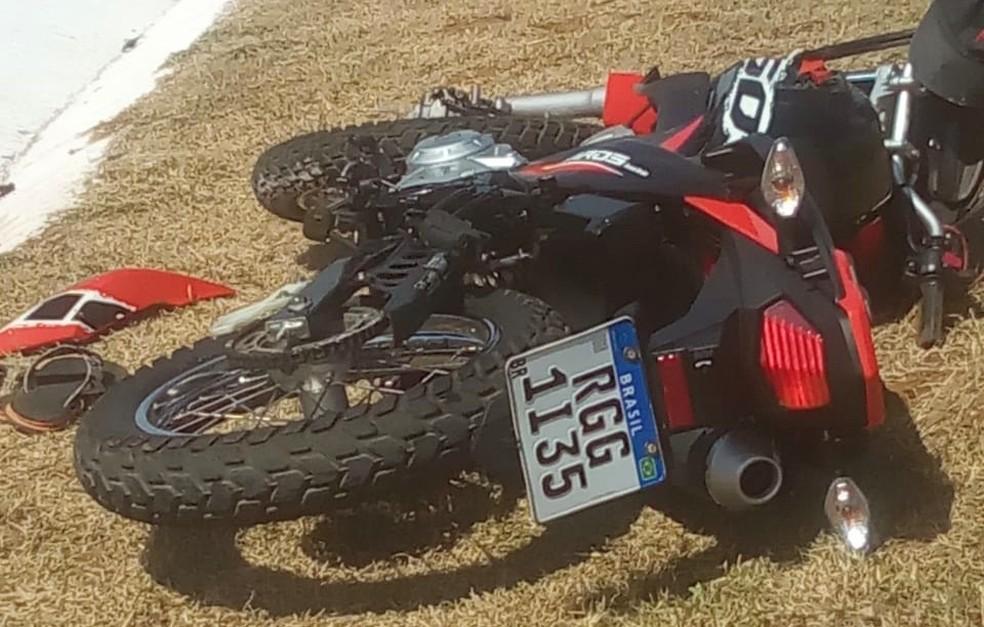 Um dos motociclistas teve fratura exposta na perna  — Foto: José Antônio de Lima/Acervo pessoal