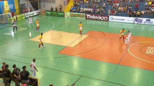 Gol de Juninho, de Chorrochó, é o mais bonito da 23º da Copa TV Grande Rio de Futsal