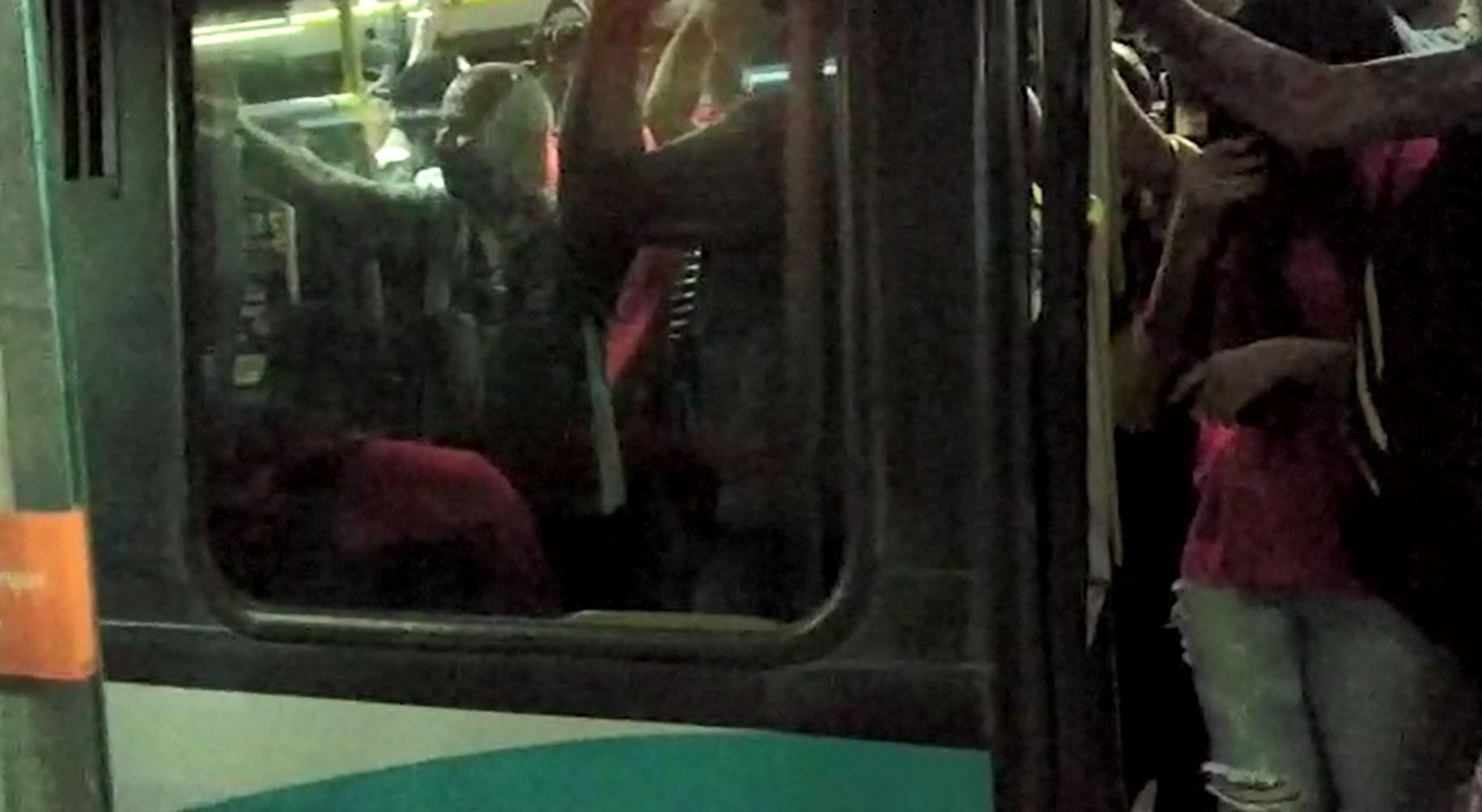 Linhas de ônibus da Grande BH transportam mais passageiros agora do que antes da pandemia