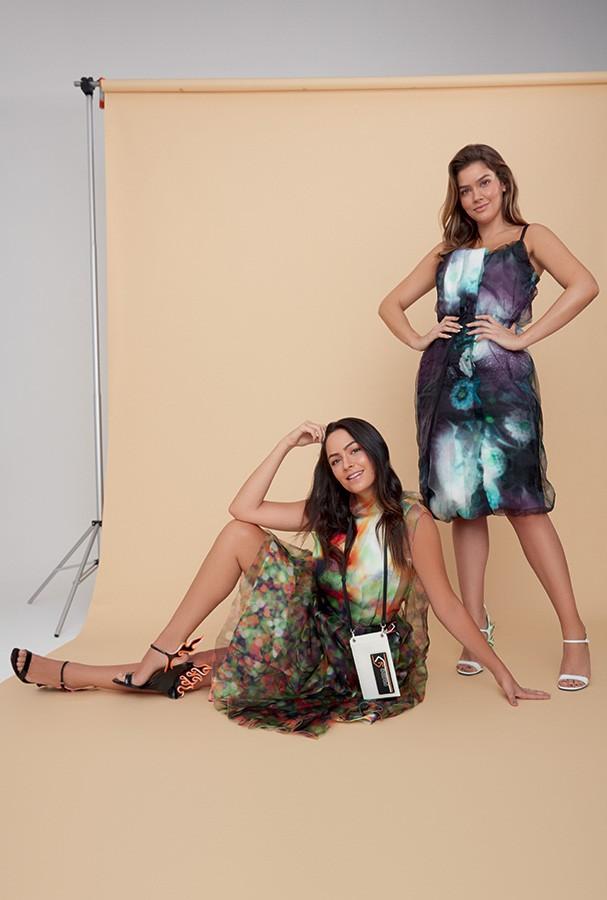 Vestidos, bolsa e sandálias, tudo Prada (Foto: Cassia Tabatini)