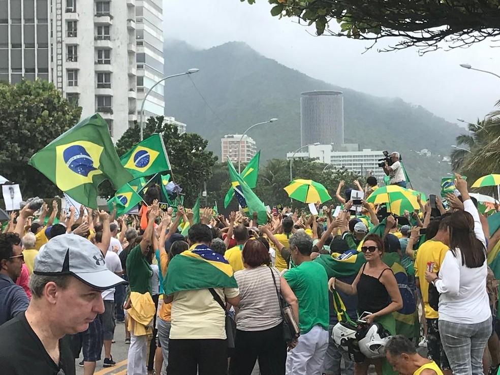 Manifestação no Rio de Janeiro neste sábado (9). — Foto: Alba Valeria/G1
