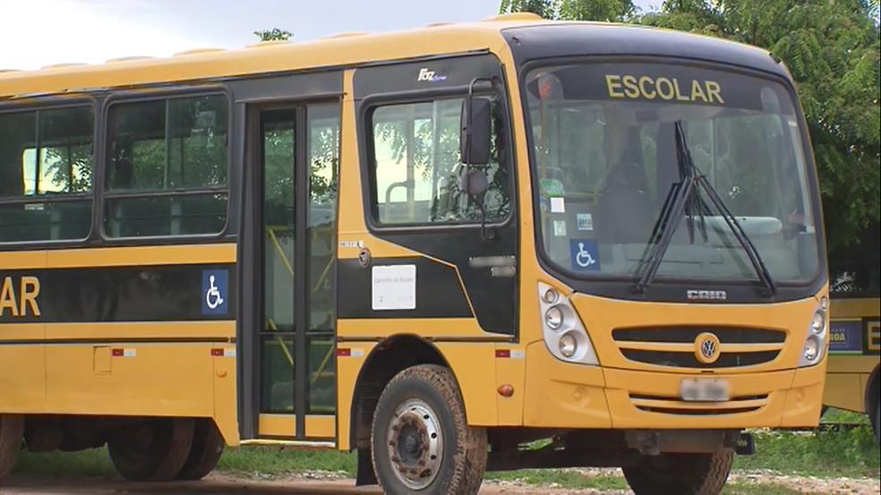 Governo cria programa de transporte escolar para alunos da Zona Rural da PB