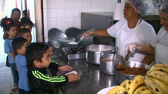 A um dia do fim do prazo, 30% dos pais ainda não confirmaram as matrículas na rede municipal de Londrina