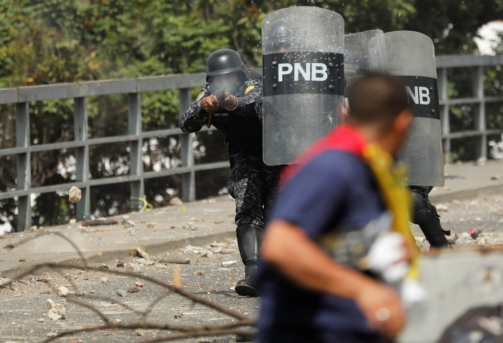 Protesto na Venezuela — Foto: Manaure Quintero/Reuters