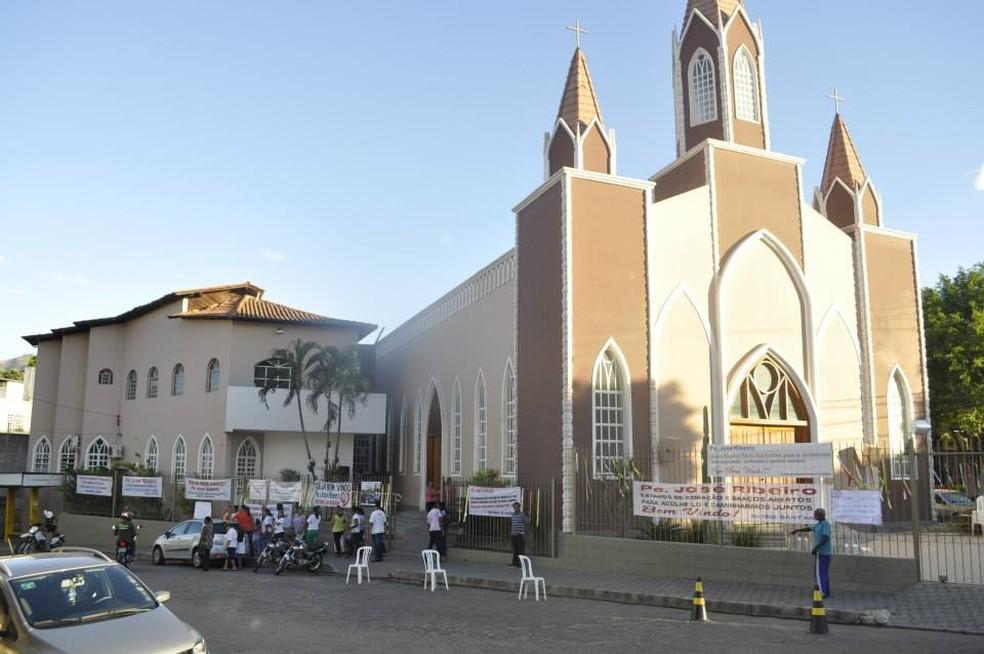 81fea5d82d24 ... Paróquia de Santa'Ana — Foto: Diocese de Governador Valadares/Divulgação