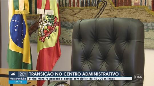Governador Pinho Moreira recebe o governador eleito de SC para dar início à transição