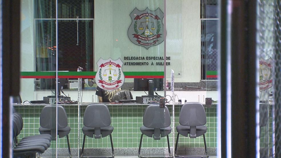 Fachada da Deam, em Brasília (Foto: TV Globo/Reprodução)