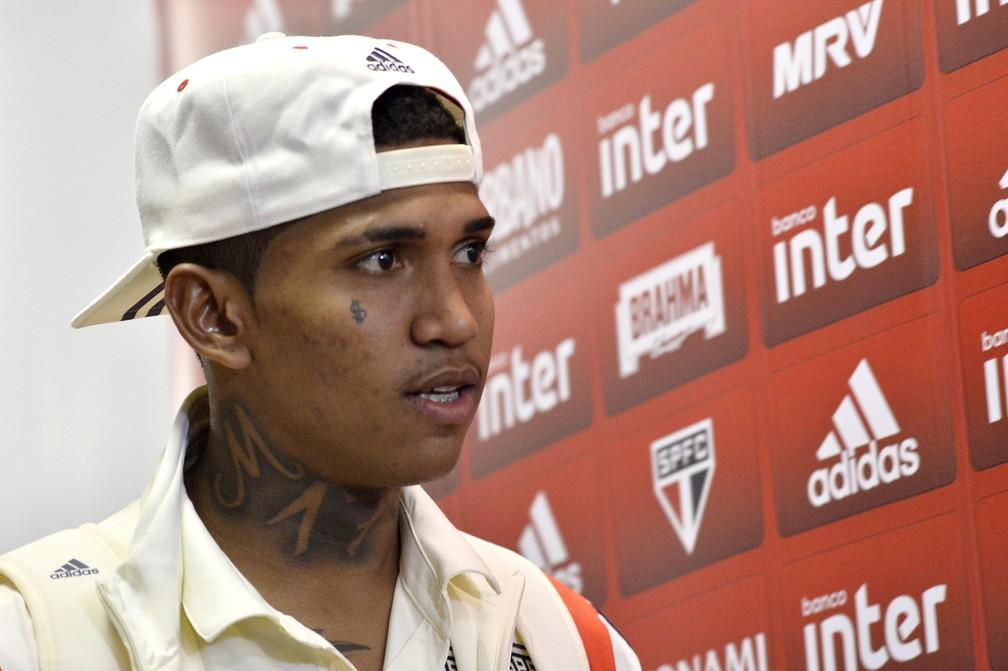 Raniel ainda não convenceu no São Paulo — Foto: Marcos Ribolli