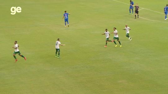 """Lana admite falha defensiva no segundo gol, mas acredita na equipe: """"Futebol são 11 contra 11"""""""
