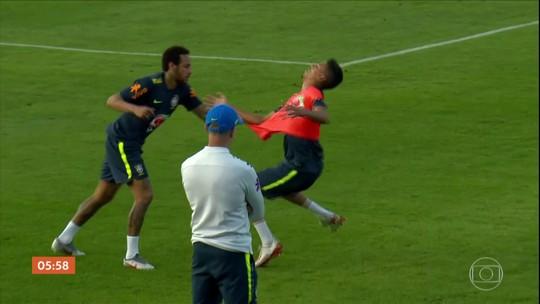 Após estreia no Cruzeiro, Weverton admite mudança de vida com caneta em Neymar