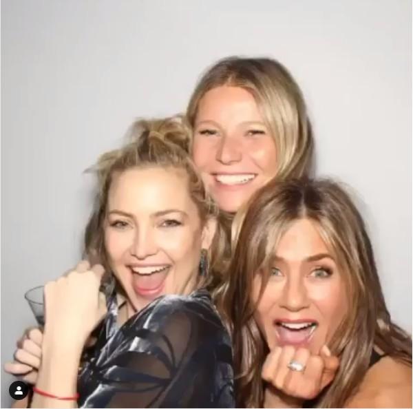 Kate Hudson e Gwyneth Paltrow na festa de aniversário de 50 anos de Jennifer Aniston (Foto: Instagram)