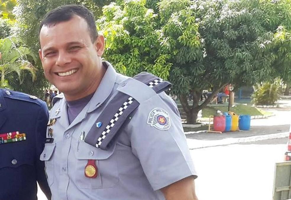 Sargento da PolA�cia Militar, Toni de Ramos Costa prestou o primeiro socorro A� vA�tima (Foto: Arquivo Pessoal)