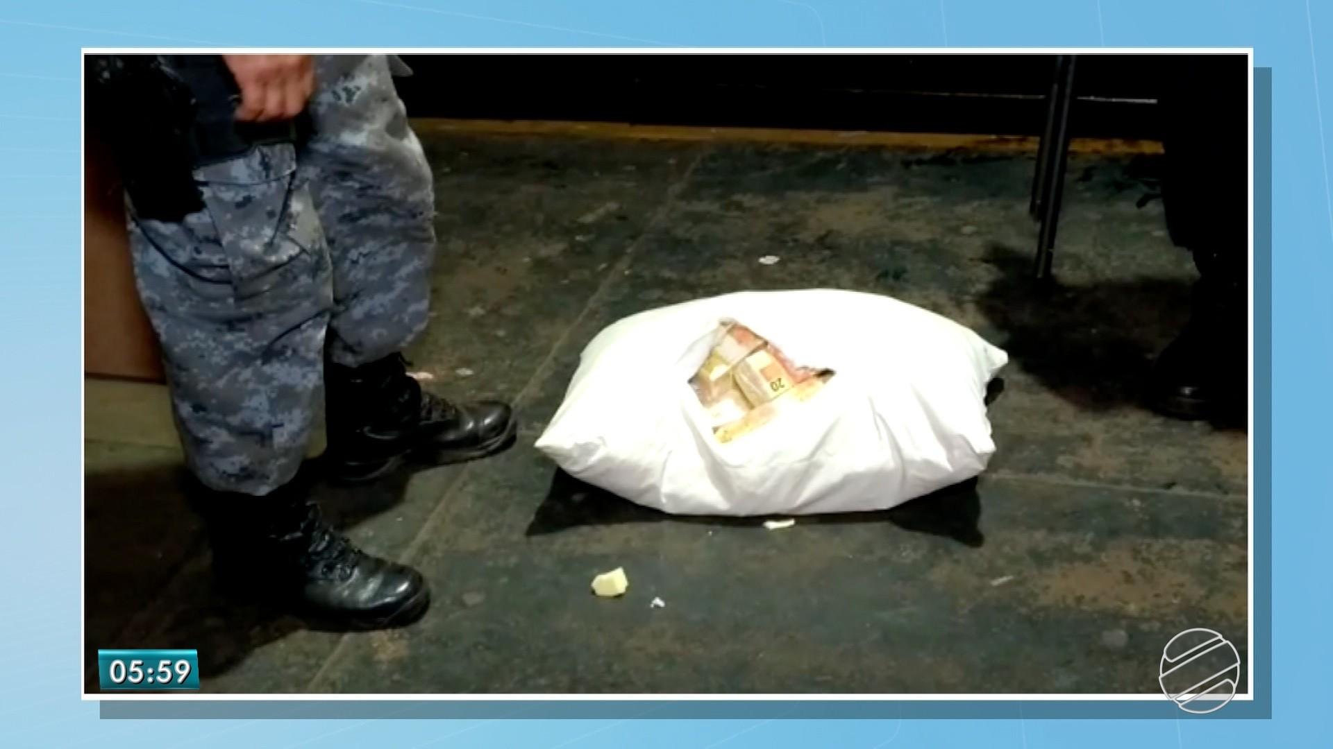 Rapaz é preso em MS com travesseiro recheado de notas falsas