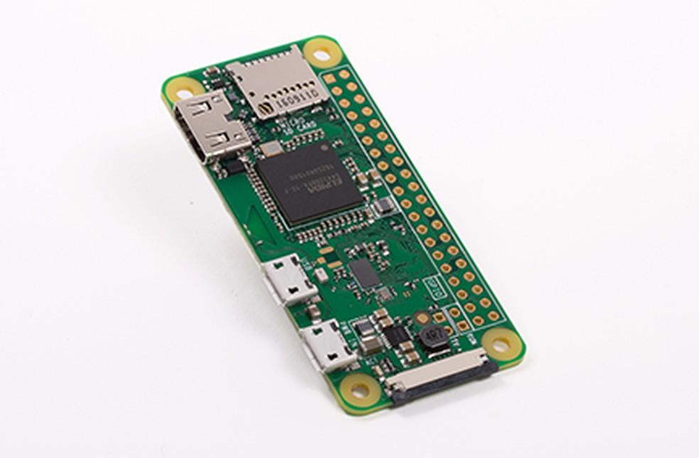 Raspberry Pi Zero W tem conexão Wi-Fi e Bluetooth — Foto: Divulgação/Raspberry Pi Foundation