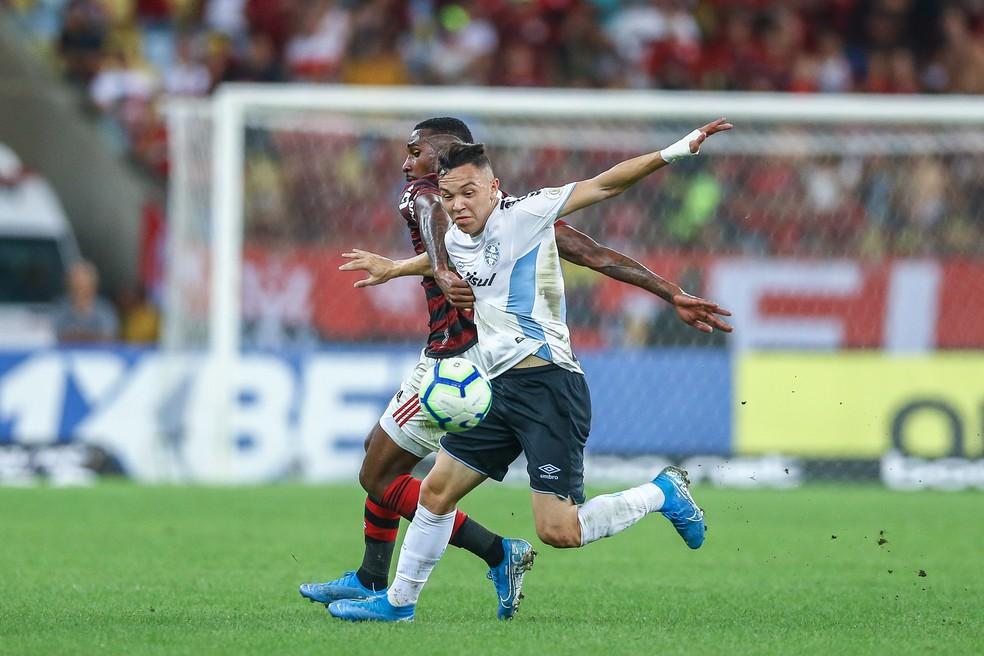Pepê deve ser titular contra o Athletico — Foto: Lucas Uebel/Grêmio