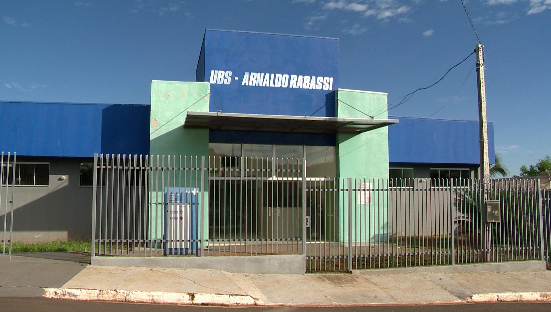 Afastamento preventivo de profissionais da linha de frente contra a Covid-19 fecha postos de saúde em Salmourão