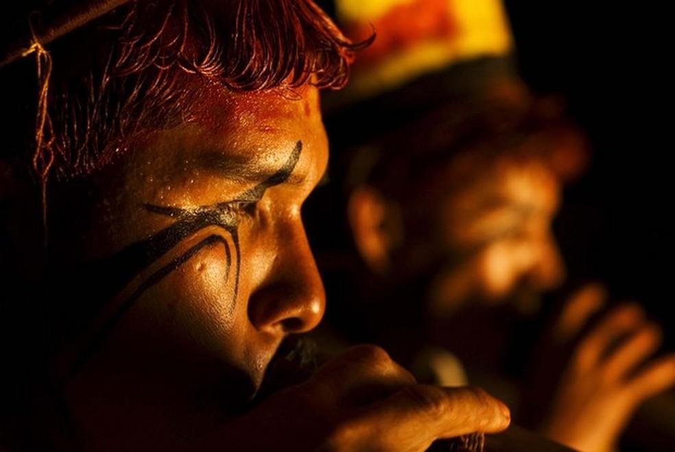 Indígenas retratados em exposição, em imagem de arquivo (Foto: Renato Soares/Divulgação)