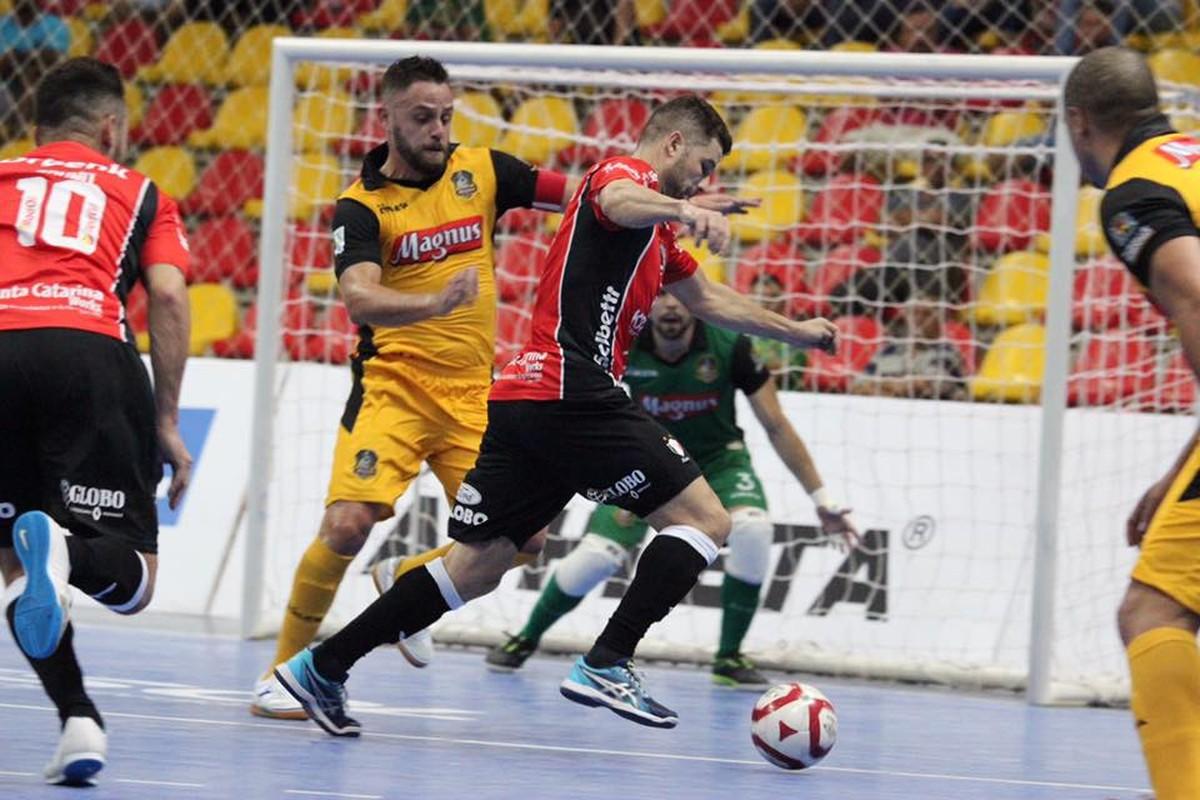 Joinville e Sorocaba abrem no Sul duelo por vaga na final da LNF - globoesporte.com