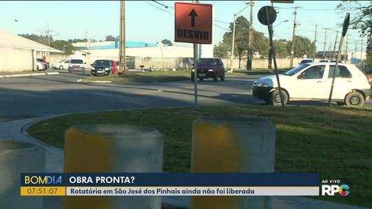 Rotatória em São José dos Pinhais ainda não foi liberada