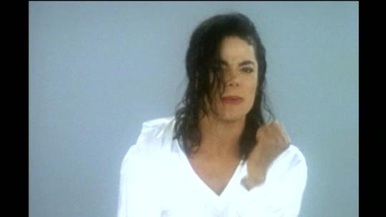 Zeca Camargo comenta os dez anos da morte de Michael Jackson