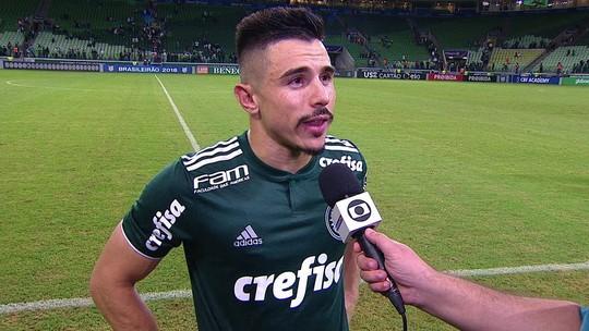 """Willian fala sobre gol perdido: """"Infelizmente a bola subiu"""""""