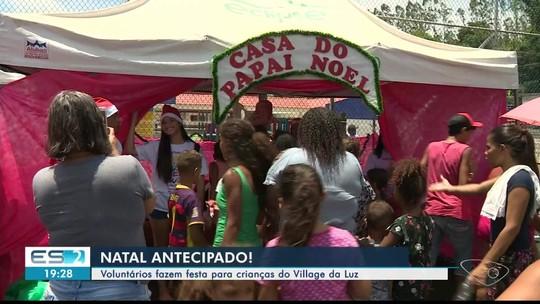Voluntários fazem festa de Natal para crianças do Village da Luz, em Cachoeiro