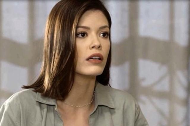 Vitória Strada é Kyra em 'Salve-se quem puder' (Foto: Reprodução)