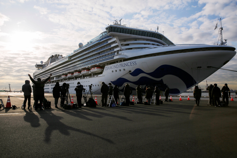 Ao menos 40 americanos estão infectados com coronavírus em cruzeiro no Japão