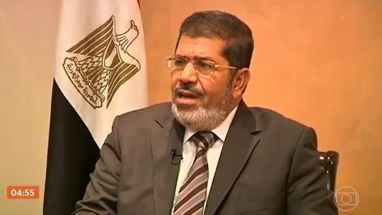Ex-presidente do Egito, Mohamed Morsi, morre após falar em tribunal do Cairo