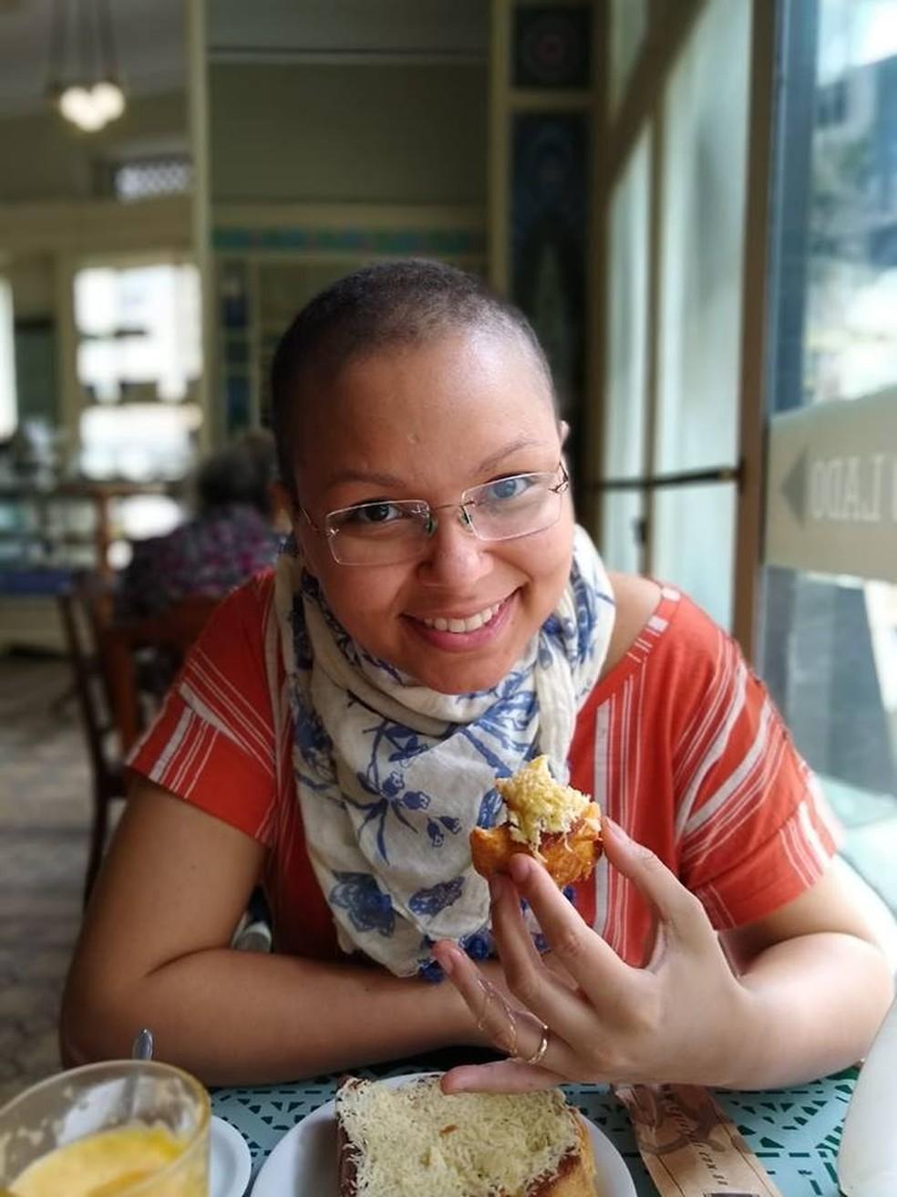 Deborah faz quimioterapia e sofreu agressões no Centro do Rio — Foto: Reprodução/Facebook