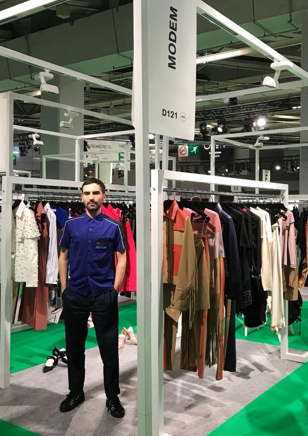 André Boffano marca presença na Who's Next, em Paris, com sua Modem (Foto: Divulgação)