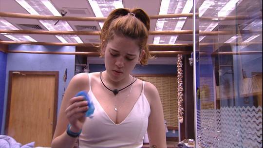 Ayrton questiona Ana Clara sobre penteado e ouve: 'O cabelo é meu'