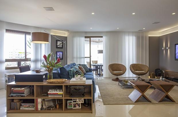 10 salas com aparador de sofá (Foto: Carlos Piratininga)