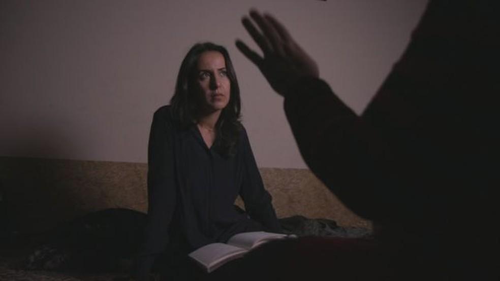 A investigação da BBC liderada por Nawal al-Maghafi levou quase um ano para ser concluída — Foto: BBC