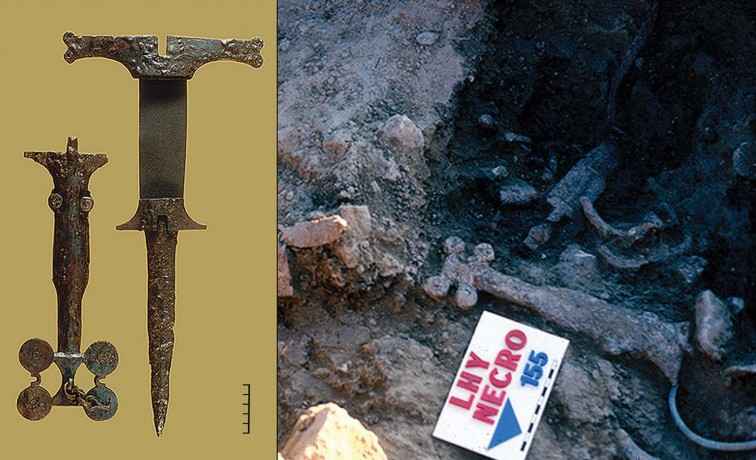 Adaga encontrada no local (Foto: © Antiquity Publications Ltd)