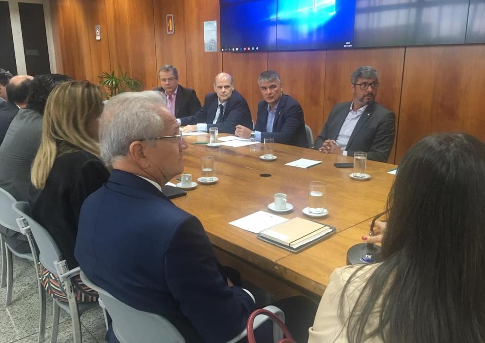 Reunião do gabinete de transição do governo do DF, com André Clemente, Paco Britto, Sérgio Sampaio e Wilson de Paula — Foto: Gabriel Luiz/G1