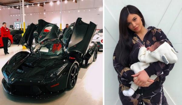 A socialite Kylie Jenner com a filha e seu novo carro (Foto: Instagram)