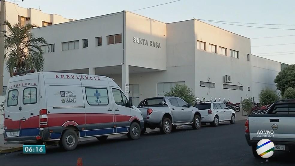 Santa Casa de Rondonópolis (MT) (Foto: TV Centro América)
