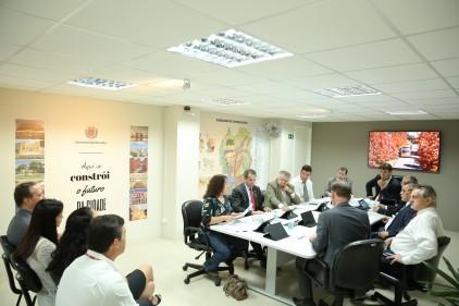 Redução do orçamento para 2019 é discutida na Câmara Municipal de Curitiba - Noticias