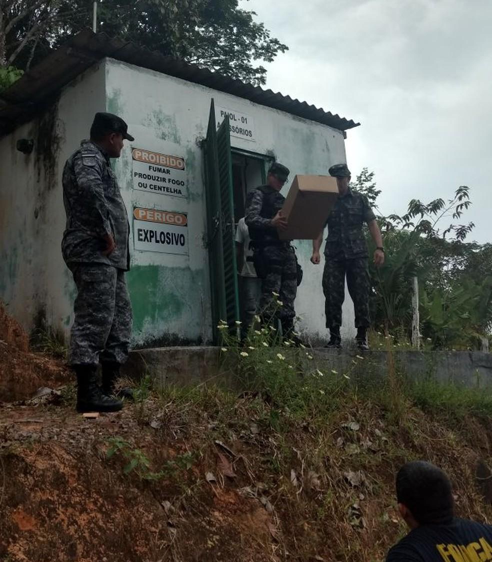 Segundo o Exército, o material apreendido estava fora do prazo de validade. (Foto: Divulgação/Exército Brasileiro)