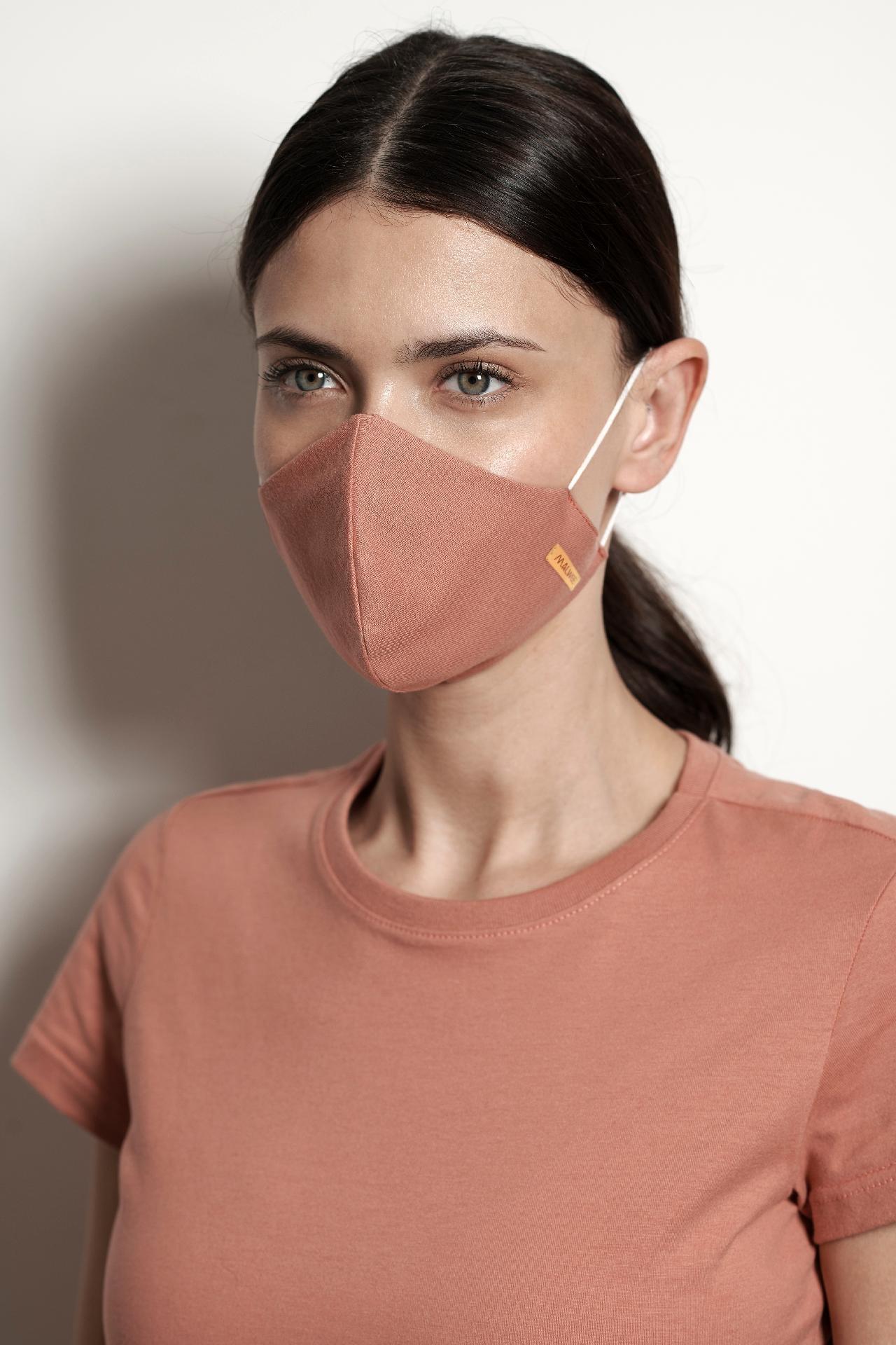A marca Malwee também criou uma linha de máscaras antivirais (Foto: Reprodução/Malwee)