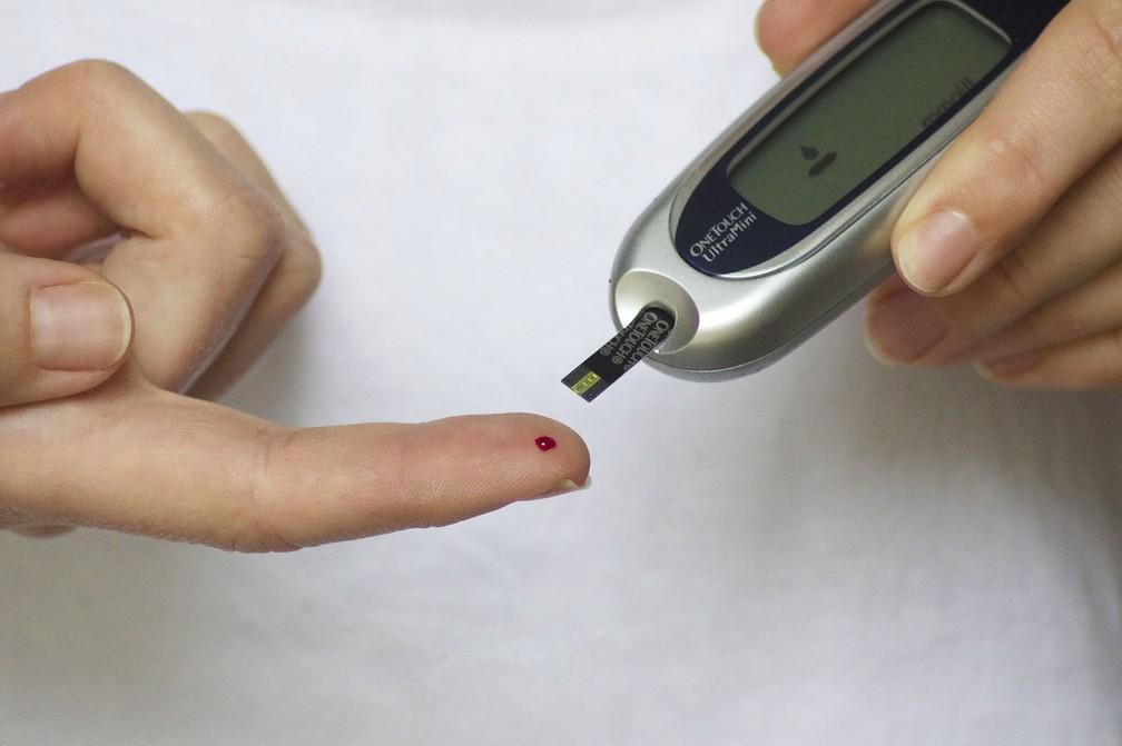 Teste de glicemia para pacientes com diabetes — Foto: Tesa Robbins/Pixabay