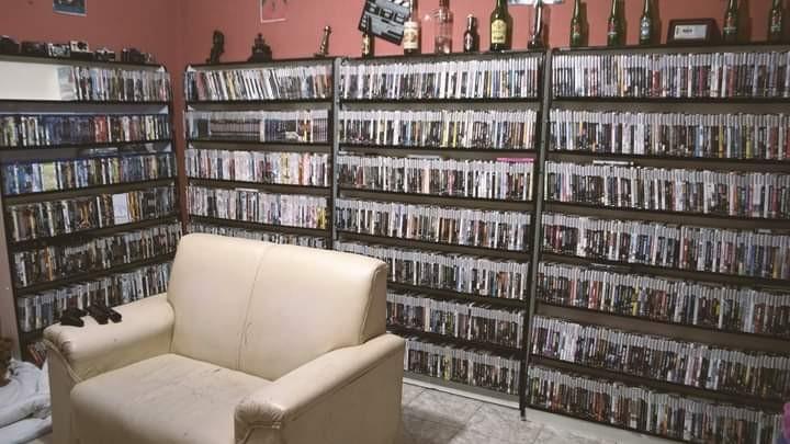 Cineasta do interior de SP cria acervo com mais de 5 mil filmes clássicos e raros do cinema